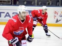 Хоккеисты СКА не могут противопоставить «Локомотиву» ничего нового, считает эксперт