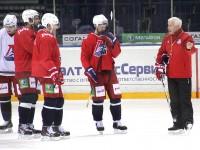 Сегодня «Локомотив» отправляется в Прагу