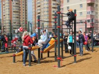 В микрорайоне «Яблоневый посад» открылась универсальная спортивная площадка