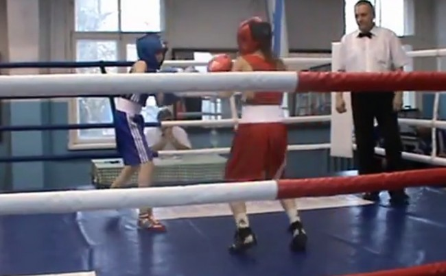 В Рыбинск на открытие нового зала по боксу приехал олимпийский чемпион