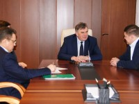 Сергей Ястребов и Андрей Коваленко обсудили развитие Ночной хоккейной лиги в Ярославле