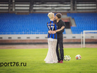 ФОТО: Артем Щадин на свадьбе одел жену в «черно-синие» цвета