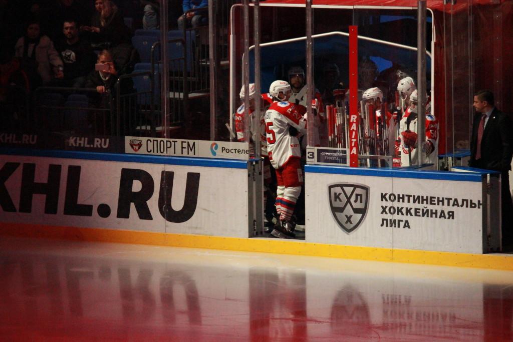 Накладал: атмосфера наретро-матче «Спартака» и«Локомотива» помогала обеим командам