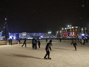 Каток на Советской площади будет работать до конца марта