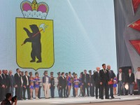 Дмитрий Миронов вручил хоккеистам «Локомотива» бронзовые медали КХЛ