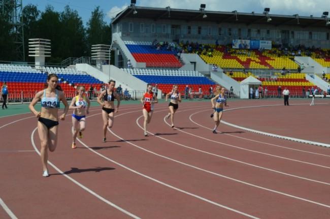 В Ярославле проходит всероссийский чемпионат по легкой атлетике среди студентов