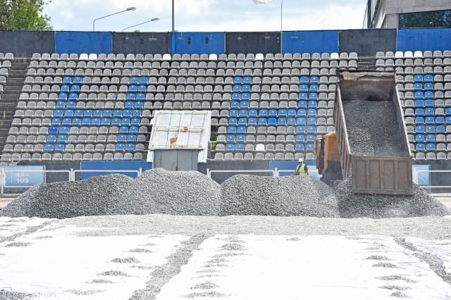 Для антитеррористических учений на реконструируемом стадионе «Шинник» имитировали футбольное поле