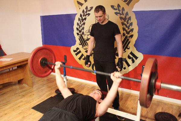 Переславец — в числе победителей открытого чемпионата по пауэрлифтингу