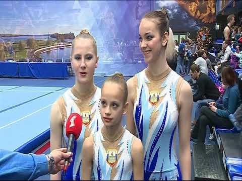 В Ярославле стартовало открытое первенство области по спортивной акробатике
