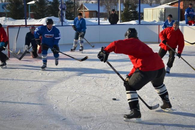 В посёлке Волга открыли новый хоккейный корт от проекта «Решаем вместе!»