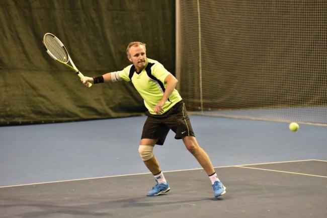 В Ярославле впервые проходит международный чемпионат по теннису среди ветеранов