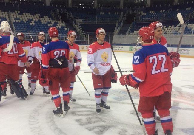 Аноховский и Слепец забросили по голу в товарищеском матче