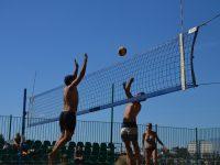 Ярославский микст: 25 команд приняли участие в турнире по пляжному волейболу