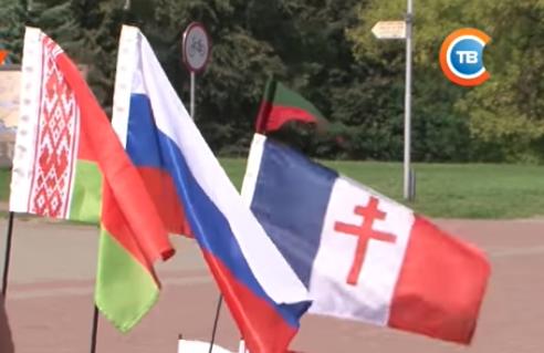 Француз на велосипеде приехал Ярославль