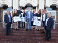 Ярославцев наградили за высокие достижения на чемпионатах мира и Европы по плаванию в ластах