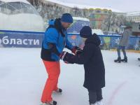 Хоккеисты провели мастер-класс для детей с ограниченными возможностями
