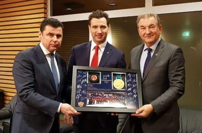 Ярославлю подарили золотую медаль Олимпийских игр