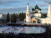 «Легенды хоккея СССР» сразились с ветеранами «Локомотива» в центре Ярославля