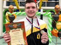 Ярославский рапиристЕвгений Ломтев одолел действующего чемпиона страны
