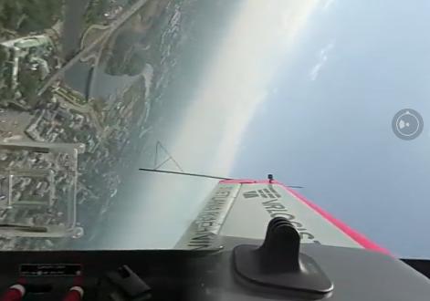 Дмитрий Миронов опубликовал видео из кабины самолета Светланы Капаниной: кадры