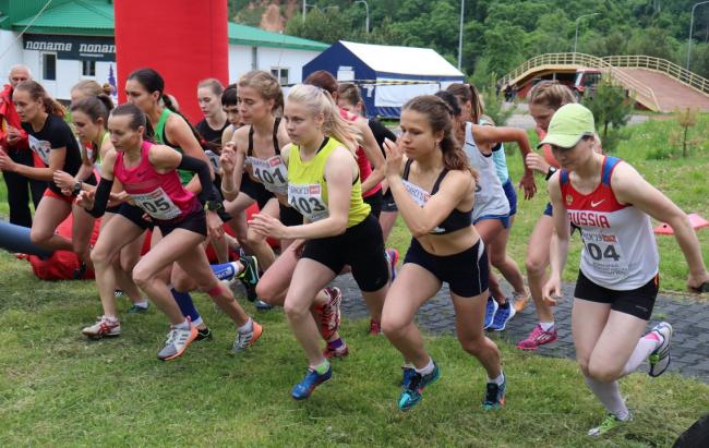 Ярославцы удачно выступили в командном чемпионате России по горному бегу