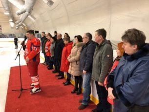 В поселке Некрасовский состоялся матч Памяти хоккейной команды «Локомотив»