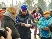 Дмитрий Миронов помог выбрать лучшую уху на кулинарном конкурсе в рамках Деминского марафона