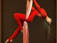Ярославская воздушная гимнастка попала в топ-10 конкурса MAXIM